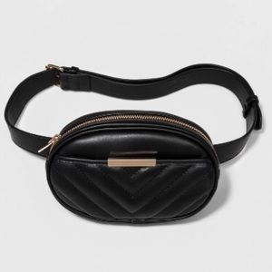 Handbags - Black Quilted Belt Fanny Pack